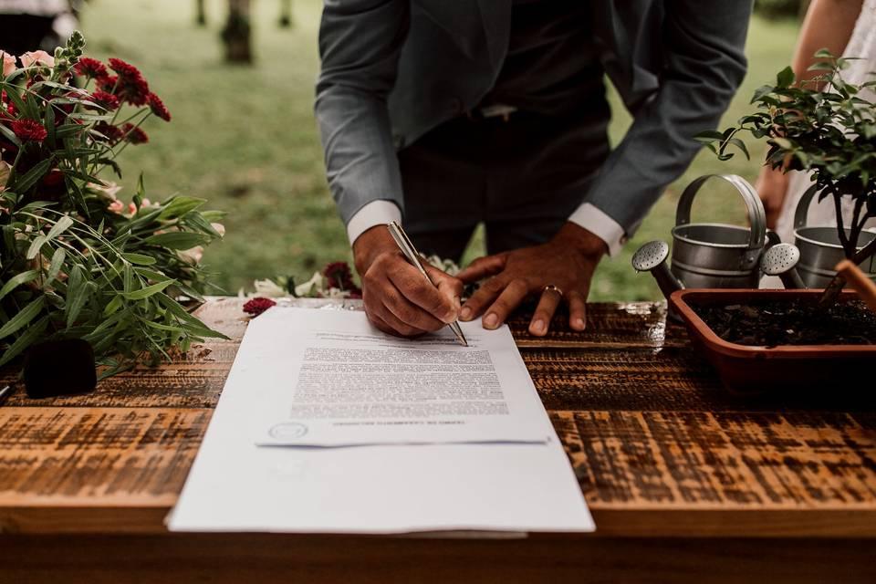 A Certidão de Casamento anula a de Nascimento? Tirem essa dúvida de uma vez!