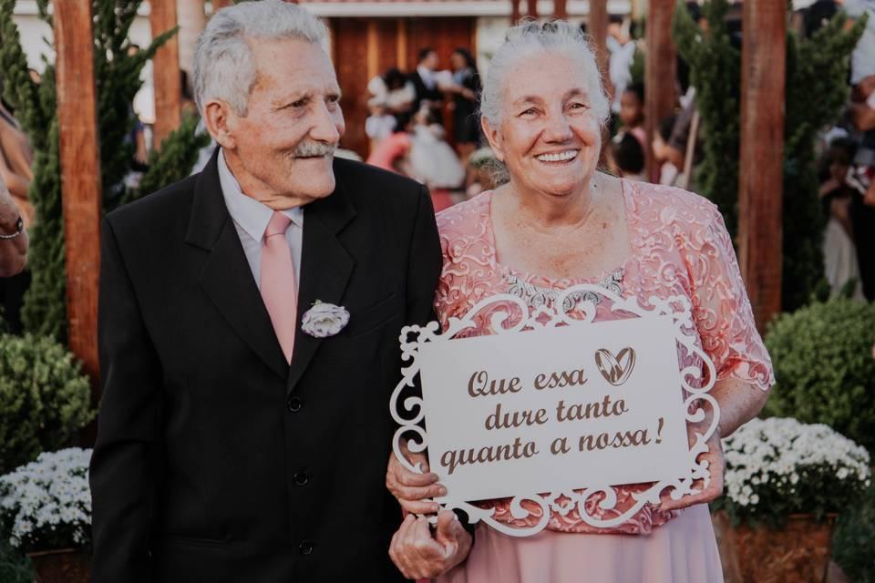 Como homenagear (e mimar) os avós durante a festa do casamento? 5 dicas amorosas