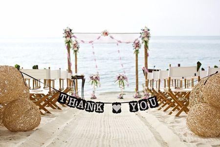 Como decorar o altar em um casamento ao ar livre