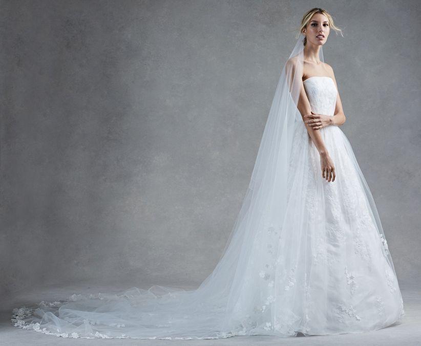 a886af7e79 30 vestidos de noiva com decote tomara que caia para 2017