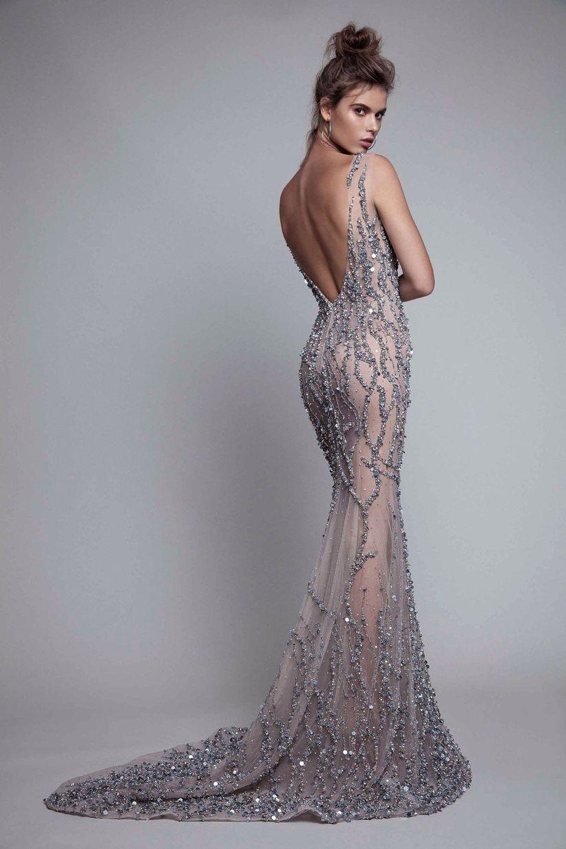 192989453 25 Vestidos de festa com decotes nas costas