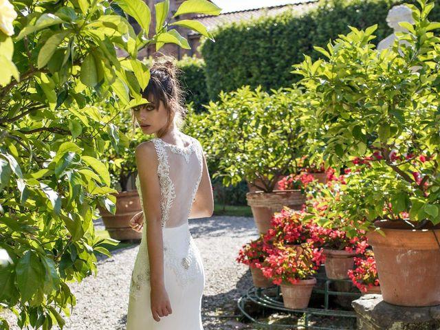 Vestidos de Noivas de Dovita Bridal: glamour em cada detalhe