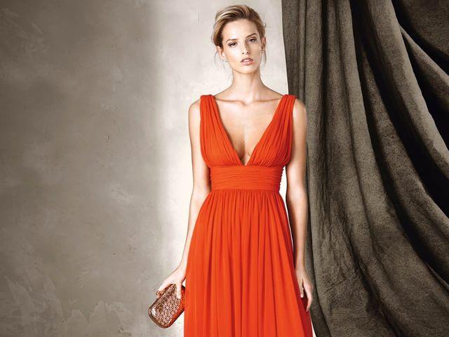 Vestidos laranjas para convidadas: tendência à vista