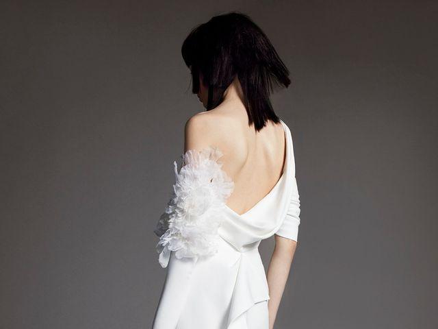 Vestido de noiva Vera Wang: nova coleção com toques góticos
