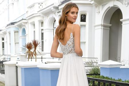Vestidos de noiva Adore by Justin Alexander: conheça a coleção 2021