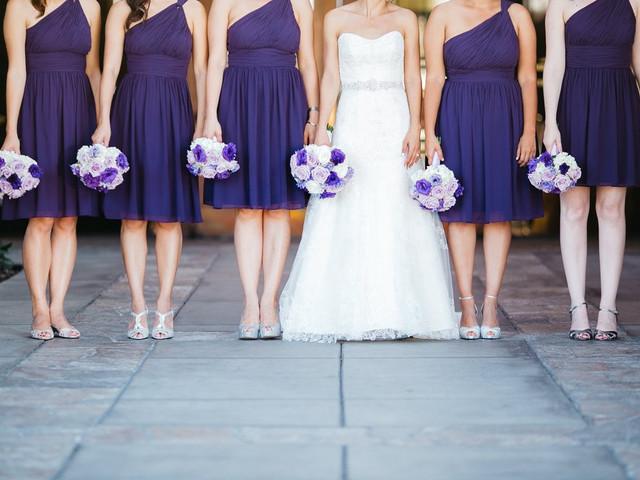 5 Motivos para escolher vestidos minimalistas para as madrinhas