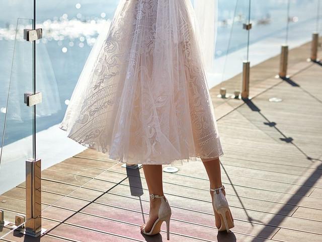 Vestidos de noiva mídi: que tal investir nesse comprimento?