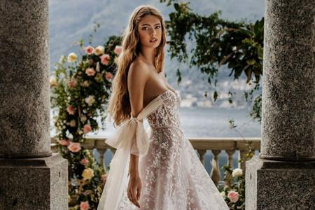 Descubra a coleção Muse by Berta 2022: vestidos de noiva idílicos e provocativos