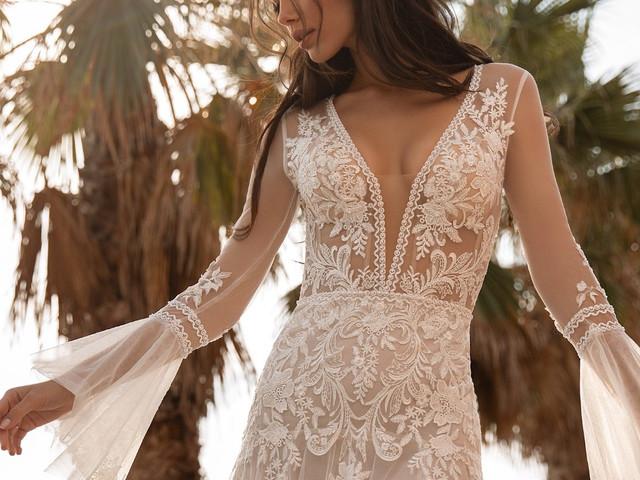 Manga boca de sino: charme da estética boho em 50 vestidos de noiva