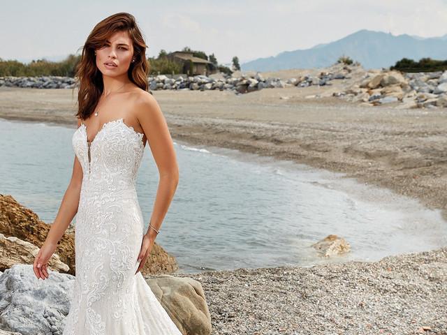 85 Vestidos de noiva com decote coração para luzir em 2020