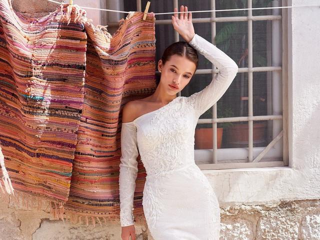 55 Vestidos com decote assimétrico: apaixone-se por essa tendência