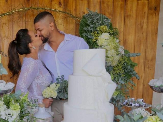 Inspirem-se! Vocês podem ter um casamento intimista como o de Viviane Araújo e Guilherme Militão