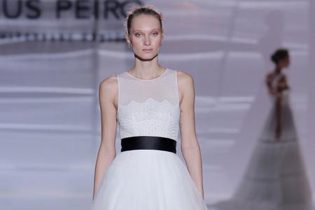 Vestidos de noiva com detalhes na cor preta: você se atreveria?