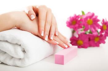 Manicure permanente no dia C: cuidados para manter as unhas saudáveis