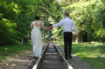 Já ouviram falar sobre casamento por tempo parcial? Hollywood já aderiu ao estilo!