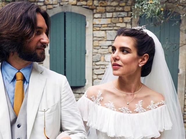 """O segundo """"sim"""": Charlotte Casiraghie Dimitri Rassam se casam no religioso"""