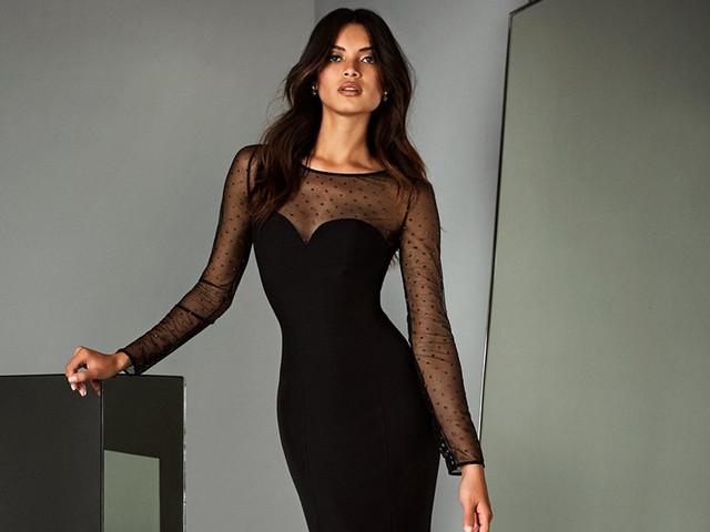 Transparência para as convidadas: elegância sensual em 45 modelos
