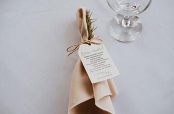 Formas de dispor os guardanapos na mesa: 50 ideias para a recepção