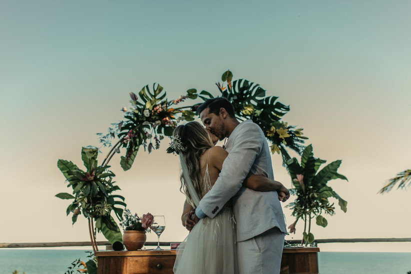 Casamento pé na areia: vem ver essas inspirações e dicas 2