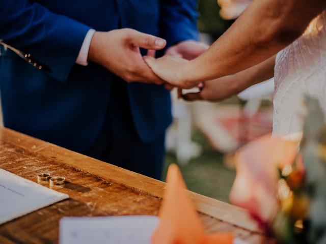 """É possível seguir com a organização do casamento? """"Sim, é possível"""""""