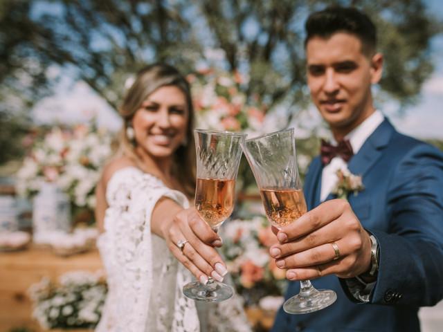 Quem fará o discurso e o brinde do seu casamento? Vejam ideias
