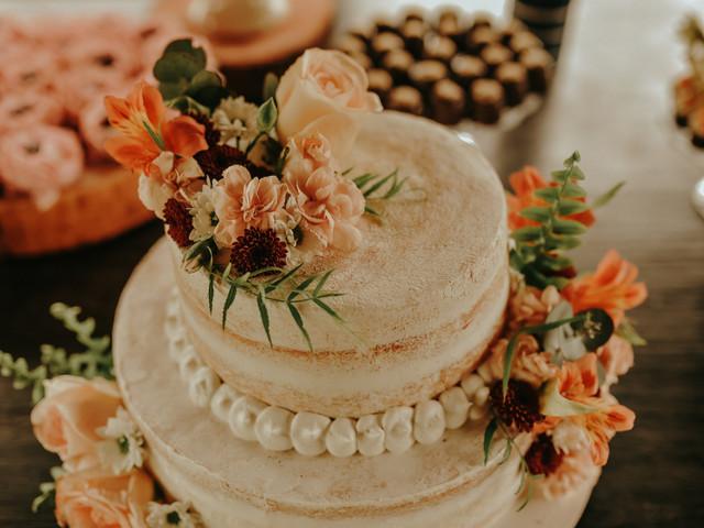 Bolo de casamento branco: como deixar esse clássico mais original