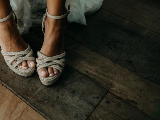 Casamento na praia? 60 calçados perfeitos para a noiva