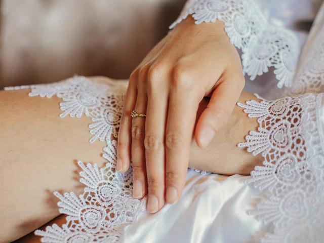 Robe de noiva: protagonistas impecáveis desde a preparação