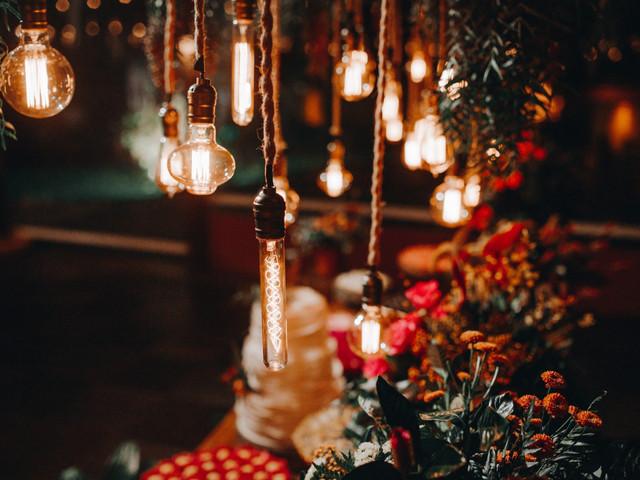Decoração com luzes: tipos de iluminação para deixar o dia C perfeito
