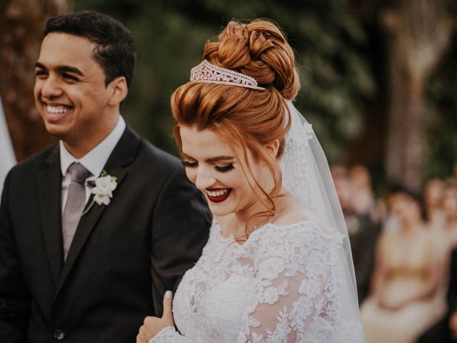 4 Dicas de hidratação para os lábios: noivas com sorrisos perfeitos!