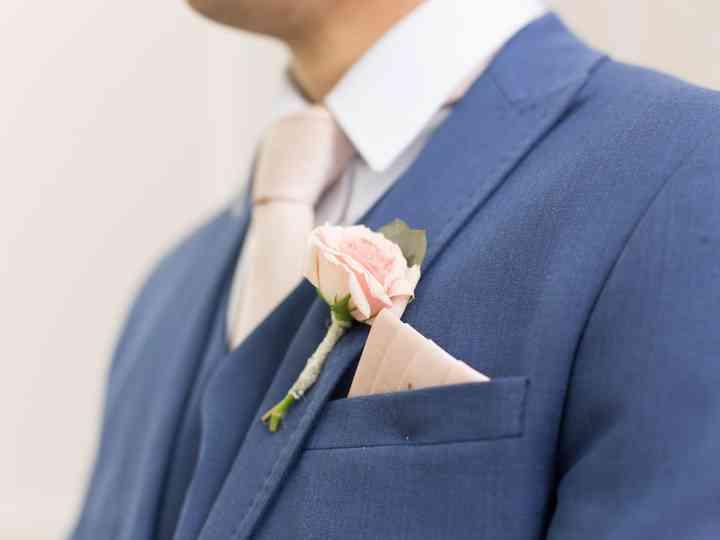 Lenço como complemento para o noivo: que tal usar esse acessório?