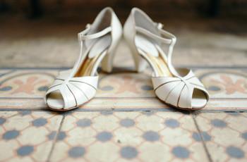 """7 Dicas caseiras para amaciar os sapatos antes do """"sim"""""""