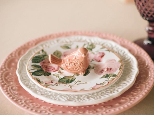 Louças para casamento: porcelana ou descartáveis?