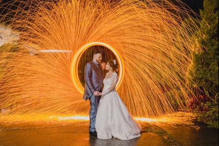 8 Tipos de atrações ideais para um casamento noturno