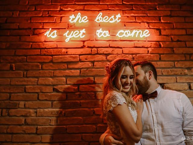 """Neon no seu casamento? Diga """"sim""""!"""