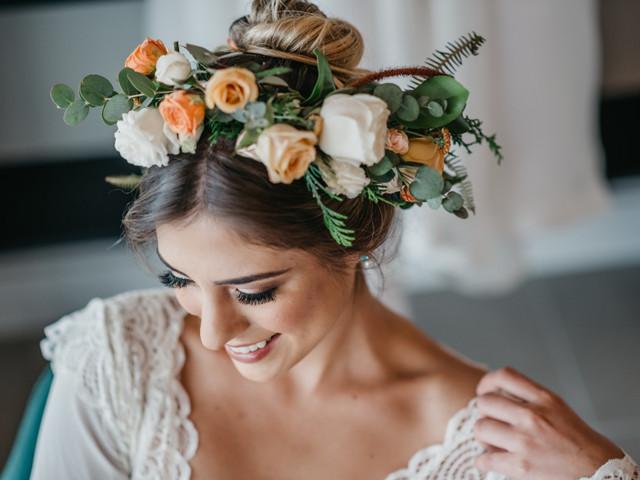 Deseja luzir uma coroa de flores no dia C? 6 Conselhos de ouro para a noiva
