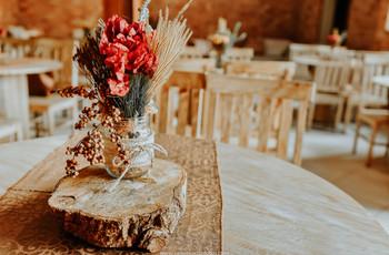 Entre esses 75 centros de mesa está o ideal para o seu casamento rústico... Encontre-o!