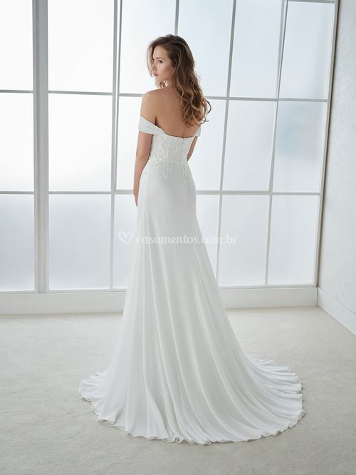 fiona, White One
