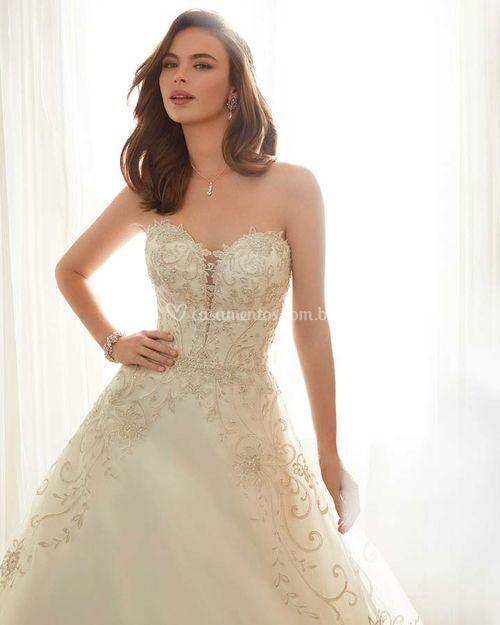 Y11709 - EMELINE, Mon Cheri Bridals