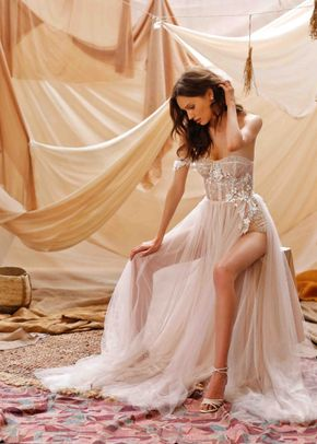 Gina, Muse by Berta