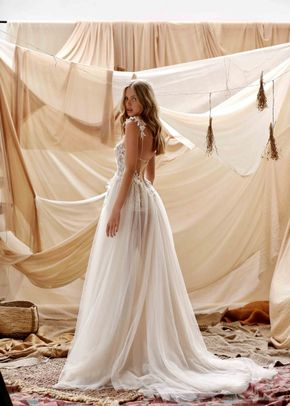 Gemma, Muse by Berta