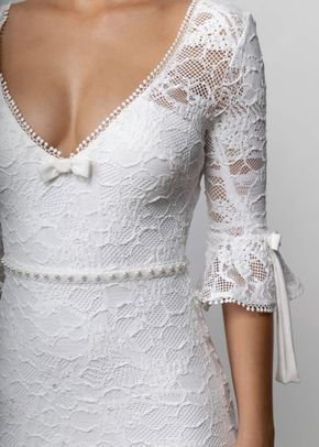 FRENCHIE, Grace Loves Lace