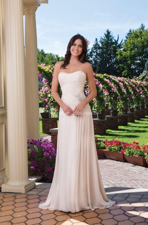 3920, Sincerity Bridal