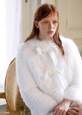 Audrey, Monique Lhuillier