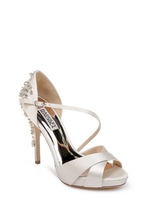 FAME, Badgley Mischka