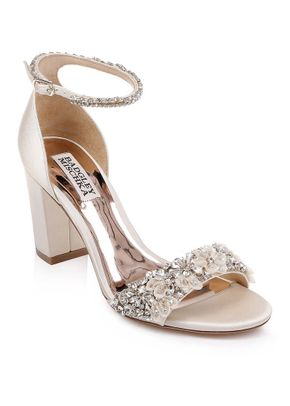 FINESSE, Badgley Mischka