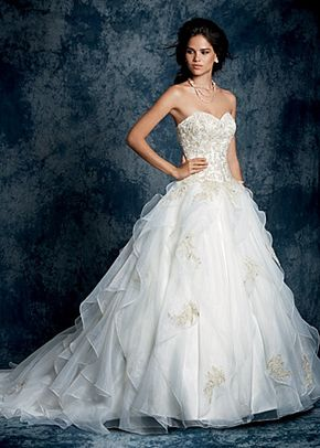 Style 899, Alfred Angelo