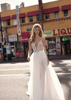 CARLY, Muse by Berta