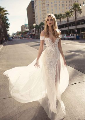 CHARLOTTE, Muse by Berta