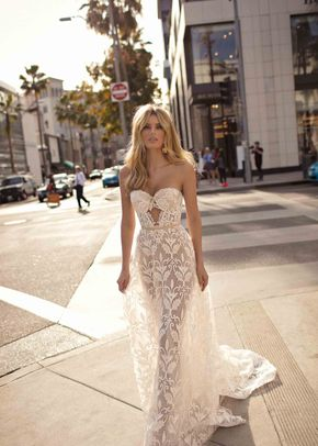 CHLOE, Muse by Berta